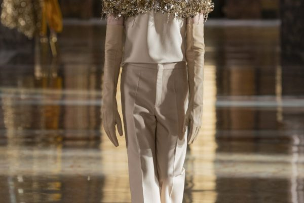 00070-Valentino-Couture-Spring-21