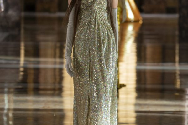 00071-Valentino-Couture-Spring-21