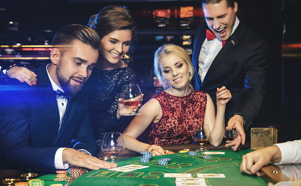 How Does Casino Influence High Fashion