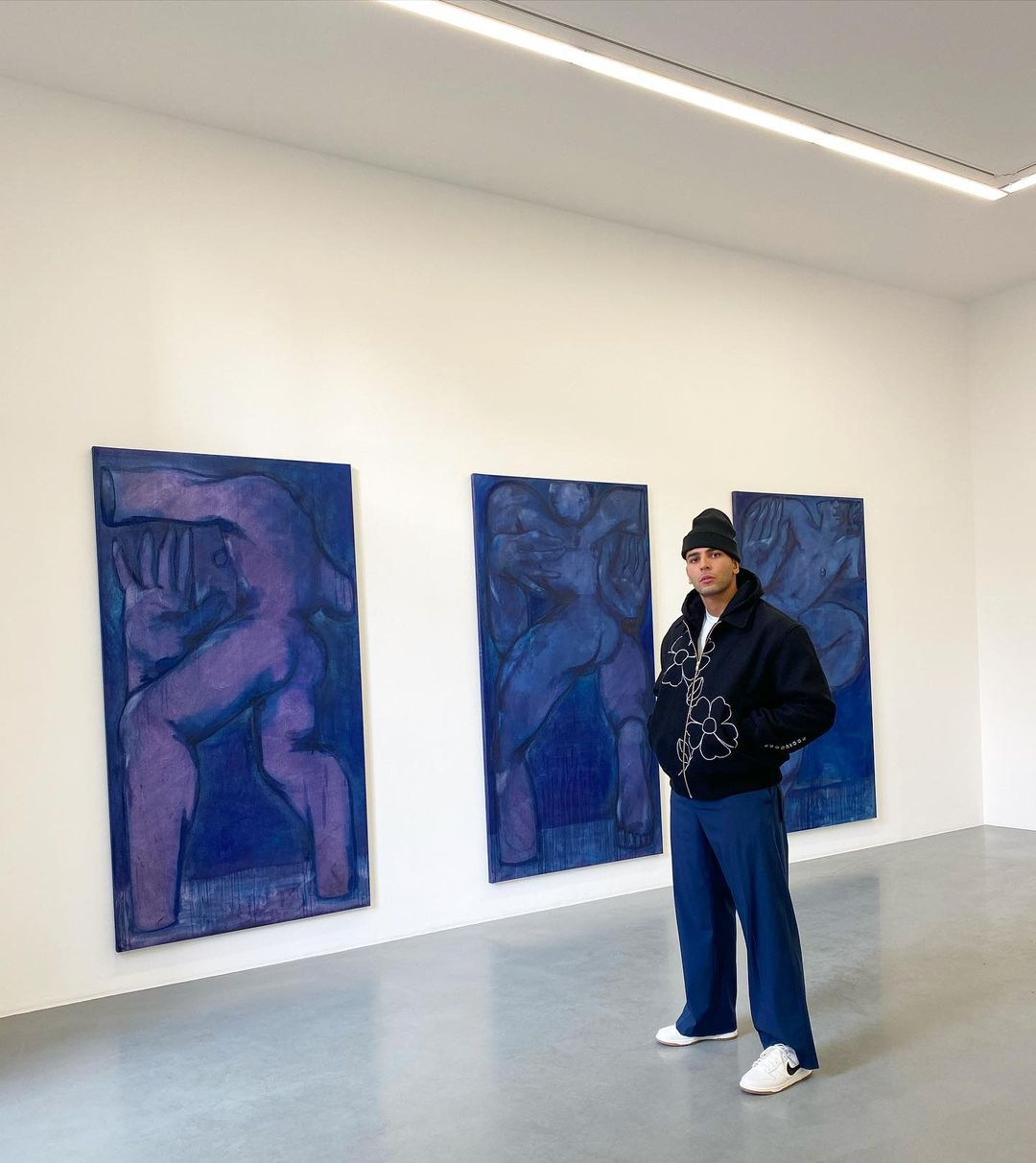 SPOTTED: Younes Bendjima Explores an Art Gallery in Colour Co-ordinated Outfit