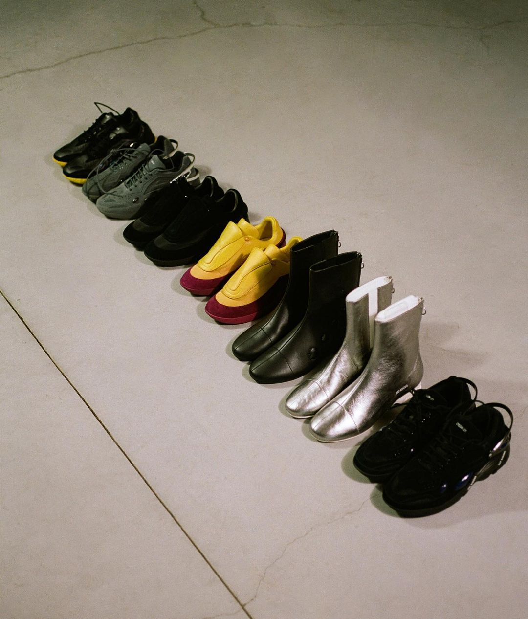 Discover the Raf Simons SS21′ Footwear Selection