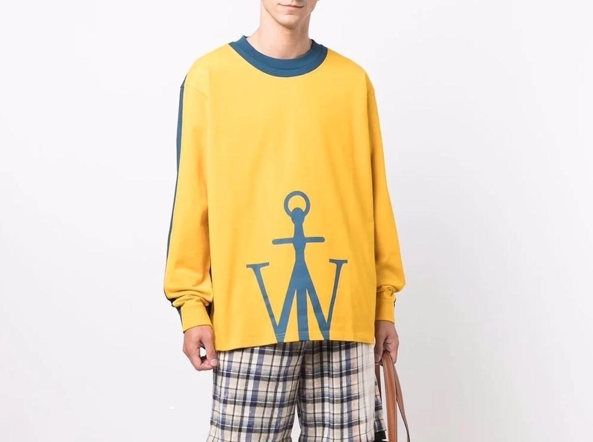PAUSE or Skip: JW Anderson Half Anchor LS T-Shirt
