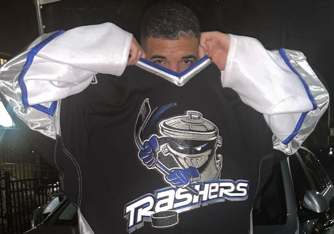 """SPOTTED: Drake Rocks the Jersey of """"Hockey's Bad Boys"""""""